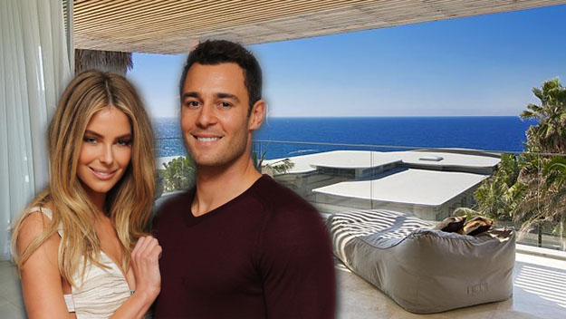 Jennifer Hawkins' beach palace up for sale