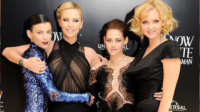 "Charlize Theron ""fuming"" over Kristen Stewart and Rupert Sanders affair"