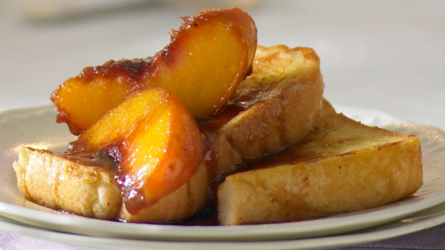 Mother's Day breakfast: French toast with warm fruit compote