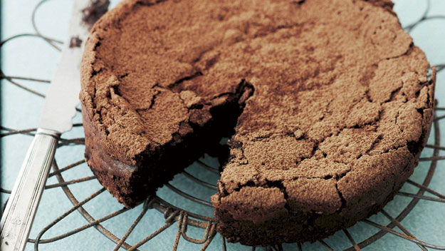 Flourless chocolate hazelnut cake recipe | Australian Women's Weekly