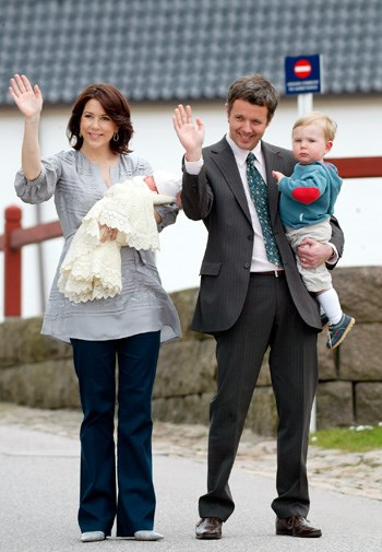 Mary leaving hospital after giving birth to baby Isabella.