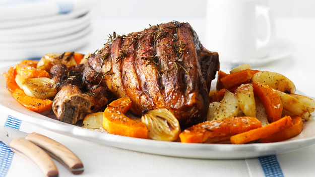 Roast leg of lamb with thyme and lemon | Tesco Real Food