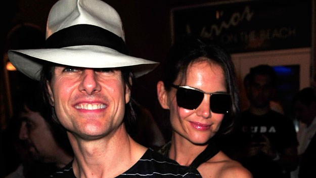 Katie Holmes throws surprise party for Tom Cruise