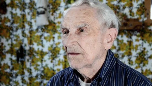 'She gave me 75 years': 96-year-old man pens heartbreaking love song to late wife
