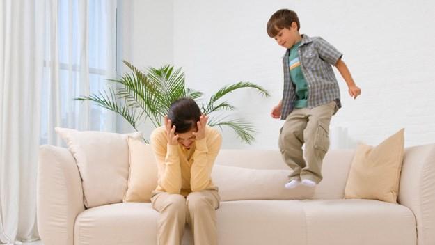 Do children really make us happy?