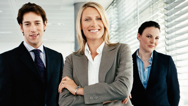 women are better bosses Men and women are equally effective in settings that match gender roles for example, women's typically more mentoring when the boss is a woman she concludes that women are in some senses better leaders than men but suffer the disadvantage of leadership roles having a masculine.