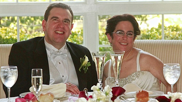 Newlyweds with mental disabilities fight for right to live together