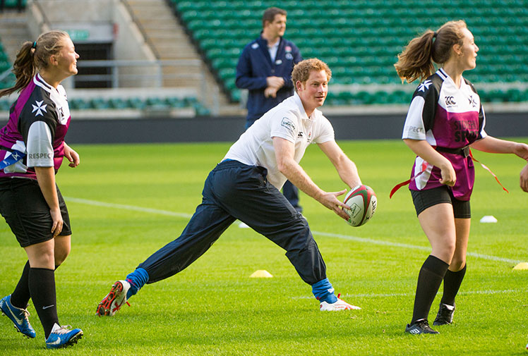 Coach Harry takes on schoolgirl rugby team
