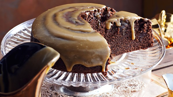 Golden syrup chocolate cake with fudge icing
