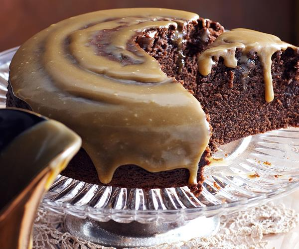 Chocolate Cake With Chocolate Fudge Icing