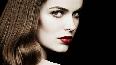 Robyn Lawley smoulders in first beauty shoot