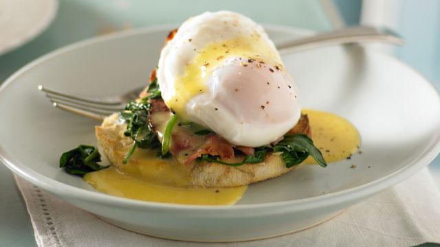 easy-eggs-benedict.jpg
