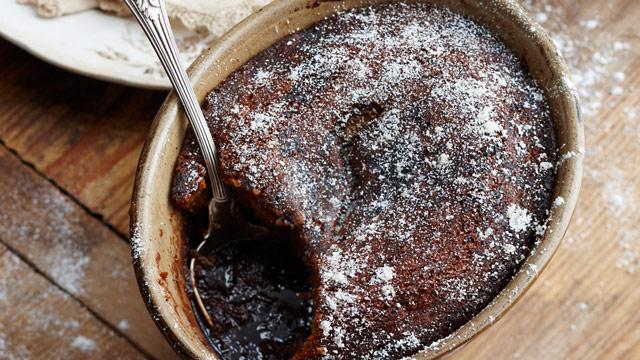 Chocolate-self-saucing-pudding.jpg